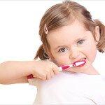 Рекомендации родителям как научить чистить зубы малышу